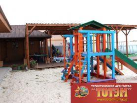 Детская площадка база отдыха Сказка